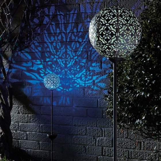 Large Silhouette Globe Stake Light – Now Only £12.00